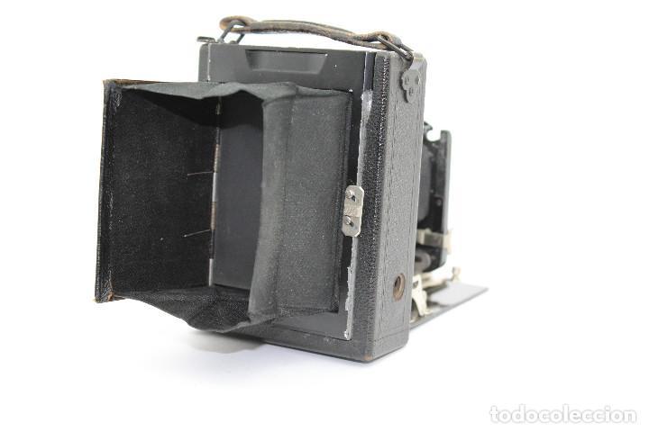 Cámara de fotos: Cámara Clásica: Ernemann HEAG I.Cámara de madera. Placas 6.5x9 cm. Alemania c1909-1926. - Foto 9 - 150146278