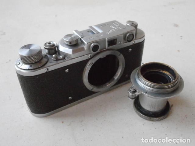 Cámara de fotos: Antigua cámara de fotos fotográfica soviética rusa URSS alemana modelo Zorki 1 Leica II año 1949 - Foto 2 - 150836190