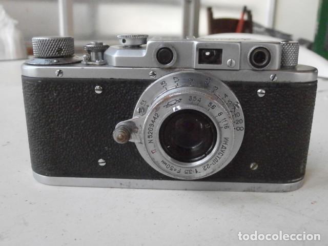 Cámara de fotos: Antigua cámara de fotos fotográfica soviética rusa URSS alemana modelo Zorki 1 Leica II año 1949 - Foto 4 - 150836190