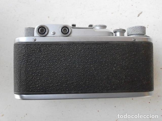 Cámara de fotos: Antigua cámara de fotos fotográfica soviética rusa URSS alemana modelo Zorki 1 Leica II año 1949 - Foto 6 - 150836190
