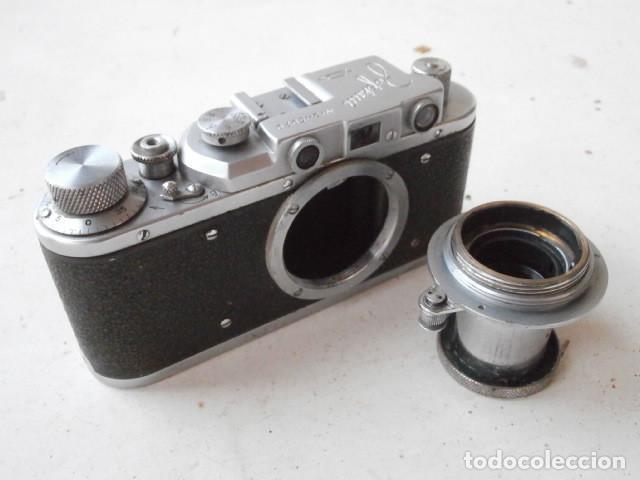 Cámara de fotos: Antigua cámara de fotos fotográfica soviética rusa URSS alemana modelo Zorki 1 Leica II año 1949 - Foto 10 - 150836190