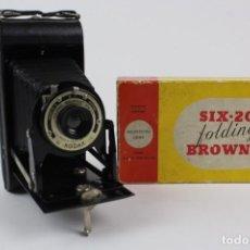Cámara de fotos: CAMARA DE FOTOS .SIX-20 FOLDING BROWNIE .PARA KODAK FILM N620 .. Lote 151382214