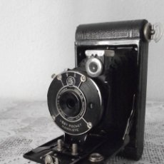Cámara de fotos: ANTIGUA CÁMARA FOTOGRÁFICA DE FOTOS DE FUELLE PLEGABLE KODAK MODELO VEST POCKET AMERICANA AÑO 1927. Lote 152641750