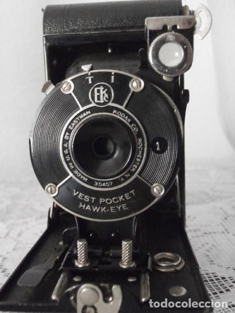 Cámara de fotos: Antigua cámara fotográfica de fotos de fuelle plegable Kodak modelo Vest Pocket americana año 1927 - Foto 3 - 152641750