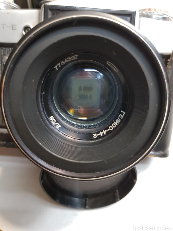 Cámara de fotos: Cámara de fotos antigua Zenit en funda original - Foto 2 - 153547208