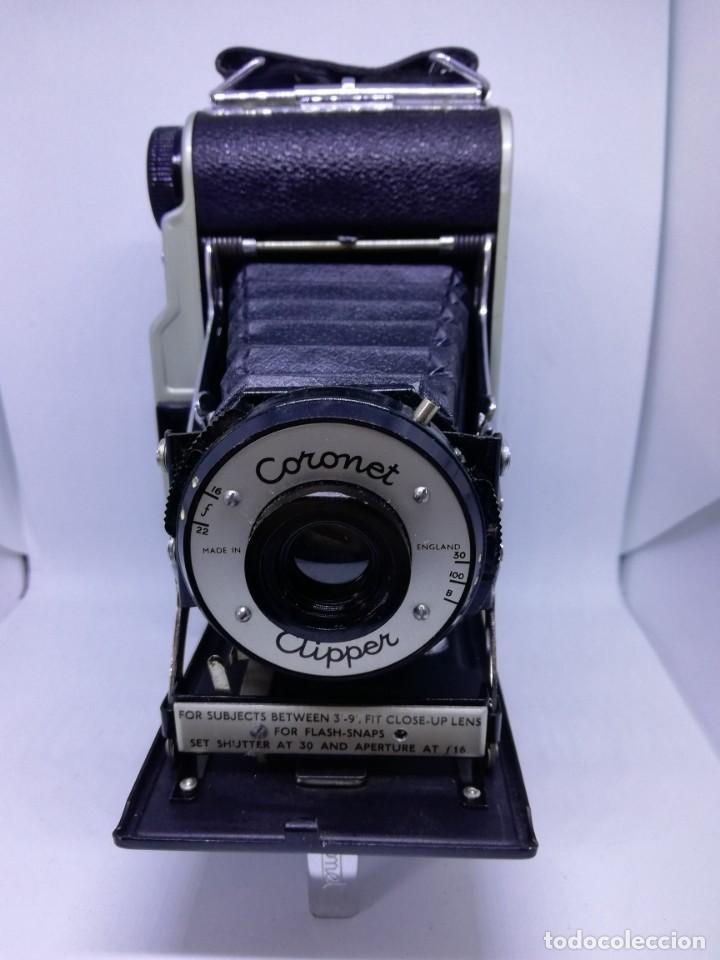 Cámara de fotos: Camara Coronet Clipper muy excepcional y rara de fuelle antigua de coleccionismo vintage - Foto 2 - 157342450
