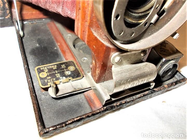 Cámara de fotos: Antigua camara Kodak de fuelle rojo combinada madera - Foto 7 - 165586598