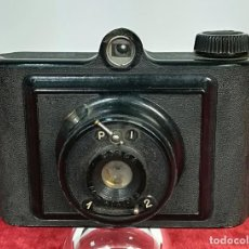 Cámara de fotos: CÁMARA FOTOGRÁFICA UNIVEX. MODELO UNICA II. (CIRCA 1948) BARCELONA. Lote 166495878