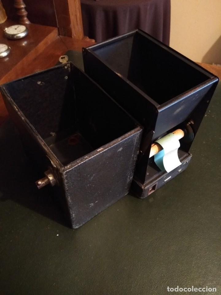 Cámara de fotos: Camara Brownie nº 2 A Modelo B de Eastman-Kodak de 1909 - Foto 11 - 168815552