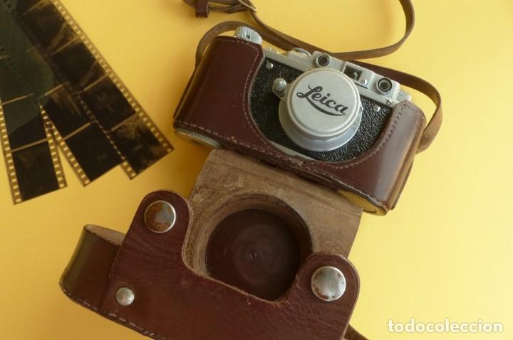 Cámara de fotos: Camara Copia Leica II - Fed Rotulada Leica.. Fin años 40. Probada con pelicula. Funda. - Foto 2 - 169061244