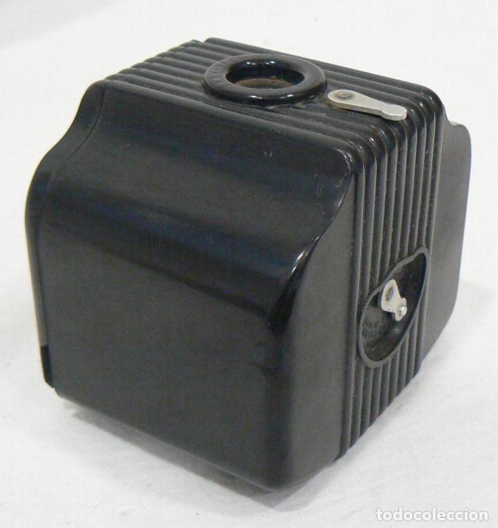 Cámara de fotos: Antigua cámara fotográfica Kodak Baby Brownie de baquelita USA 1934 - Foto 3 - 169917244