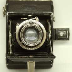 Cámara de fotos: ZEISS IKONTA 520 C.1935 OBJETIVO TESSAR. Lote 170820610