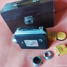 Cámara de fotos: CAMARA DE CINE KODAK . EASTMAN KODAK COMPANY 1942. CON ESTUCHE Y ACCESORIOS . MUY BUEN ESTADO.. Lote 172636633