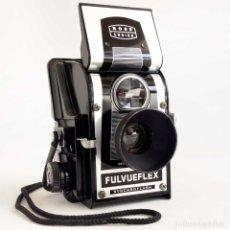 Cámara de fotos: ÚNICA EN TC. CAMARA BAQUELITA ROSS ENSIGN FULVUEFLEX. ENGLAND 1957. Lote 174260877