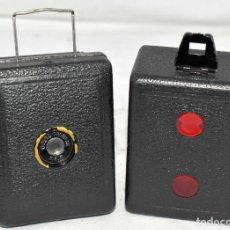 Cámara de fotos: PRECIOSA..BOX MINIATURA..ZEISS IKON BABY BOX 54/18+FUNDA..ALEMANIA 1930.. BUEN ESTADO..FUNCIONA.. Lote 177506612