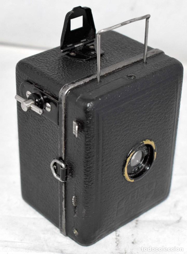 Cámara de fotos: PRECIOSA..BOX MINIATURA..ZEISS IKON BABY BOX 54/18+FUNDA..ALEMANIA 1930.. BUEN ESTADO..FUNCIONA. - Foto 2 - 177506612