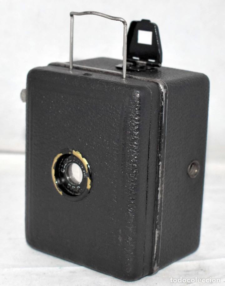 Cámara de fotos: PRECIOSA..BOX MINIATURA..ZEISS IKON BABY BOX 54/18+FUNDA..ALEMANIA 1930.. BUEN ESTADO..FUNCIONA. - Foto 6 - 177506612