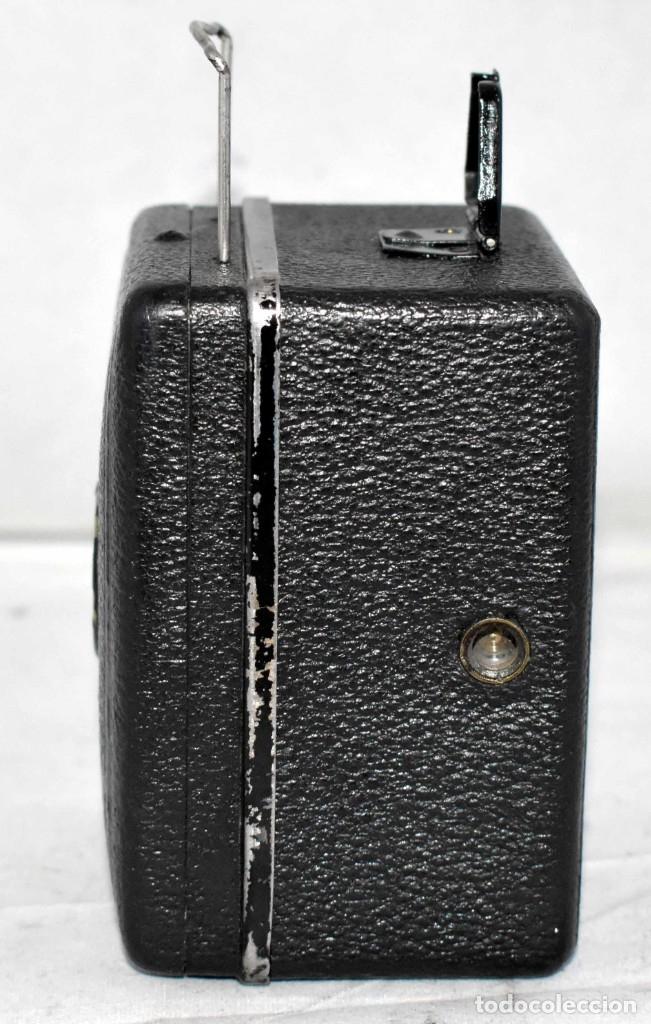 Cámara de fotos: PRECIOSA..BOX MINIATURA..ZEISS IKON BABY BOX 54/18+FUNDA..ALEMANIA 1930.. BUEN ESTADO..FUNCIONA. - Foto 7 - 177506612