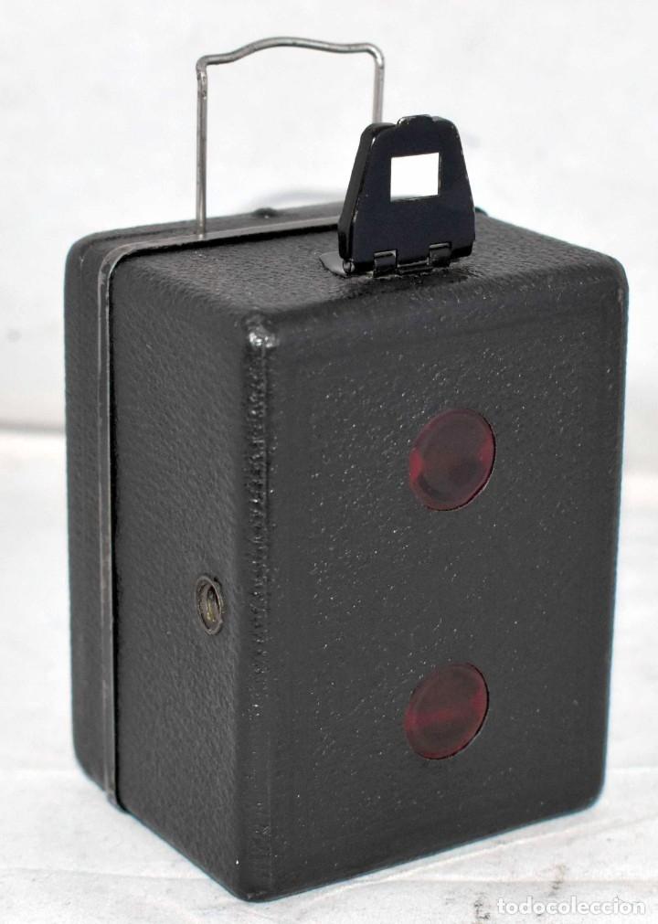 Cámara de fotos: PRECIOSA..BOX MINIATURA..ZEISS IKON BABY BOX 54/18+FUNDA..ALEMANIA 1930.. BUEN ESTADO..FUNCIONA. - Foto 8 - 177506612