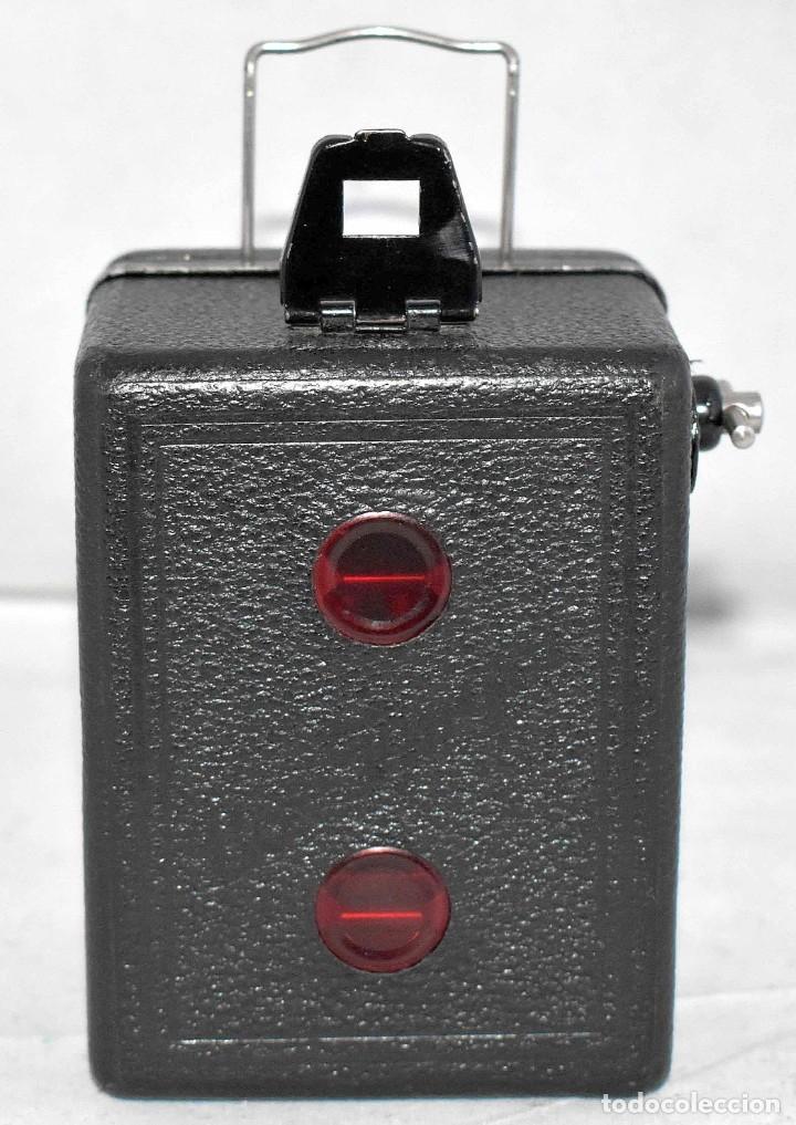 Cámara de fotos: PRECIOSA..BOX MINIATURA..ZEISS IKON BABY BOX 54/18+FUNDA..ALEMANIA 1930.. BUEN ESTADO..FUNCIONA. - Foto 9 - 177506612