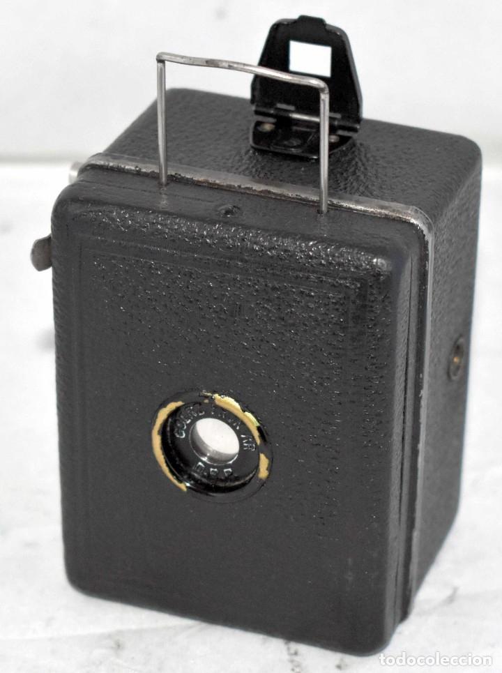 Cámara de fotos: PRECIOSA..BOX MINIATURA..ZEISS IKON BABY BOX 54/18+FUNDA..ALEMANIA 1930.. BUEN ESTADO..FUNCIONA. - Foto 11 - 177506612