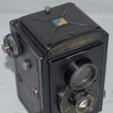 Cámara de fotos: ALEMANIA 1932..PIONERA REFLEX BIFOCAL..VOIGTLÄNDER BRILLANT.. BUEN ESTADO..NO FUNCIONA.. Lote 178328783