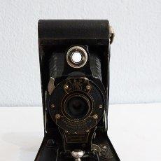 Cámara de fotos: CÁMARA PLEGABLE KODAK NR. 2 AUTOGRAPHIC BROWNIE. Lote 179952896