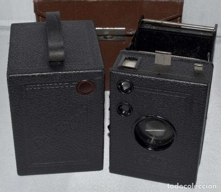 Cámara de fotos: CALIDAD.ZEISS IKON BOX TENGOR 54/2+FUNDA+FILM.PRIMER MODELO.ALEMANIA 1926.MUY BUEN ESTADO.FUNCIONA - Foto 2 - 180094656