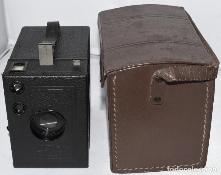 Cámara de fotos: CALIDAD.ZEISS IKON BOX TENGOR 54/2+FUNDA+FILM.PRIMER MODELO.ALEMANIA 1926.MUY BUEN ESTADO.FUNCIONA - Foto 4 - 180094656