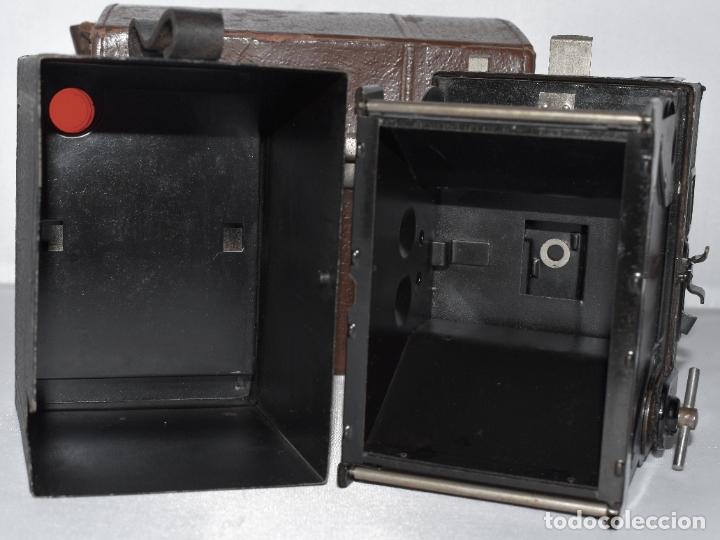 Cámara de fotos: CALIDAD.ZEISS IKON BOX TENGOR 54/2+FUNDA+FILM.PRIMER MODELO.ALEMANIA 1926.MUY BUEN ESTADO.FUNCIONA - Foto 18 - 180094656