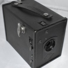 Cámara de fotos: CAMARA DE CAJON DE FORMATO MEDIO...AGFA BOX 44..ALEMANIA 1932...120 FILM...BUEN ESTADO..FUNCIONA. Lote 182200385