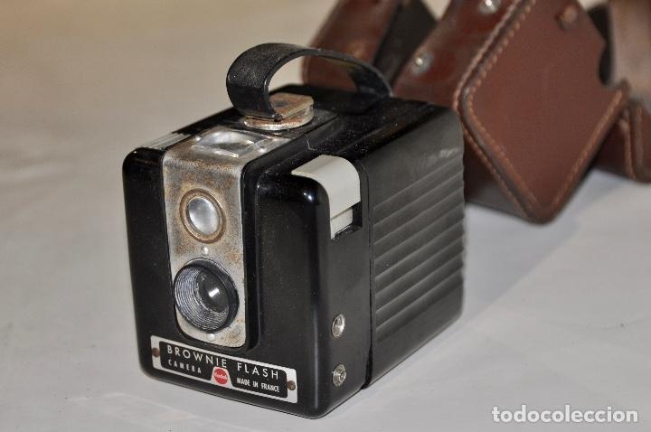 KODAK BROWNIE FLASH AÑOS 50 (Cámaras Fotográficas - Antiguas (hasta 1950))