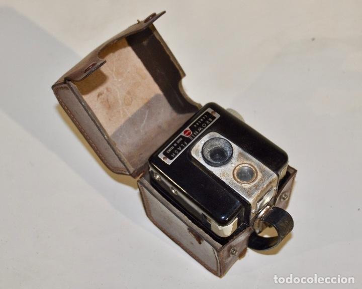Cámara de fotos: Kodak Brownie Flash años 50 - Foto 2 - 182395707