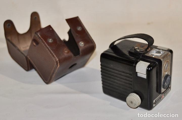 Cámara de fotos: Kodak Brownie Flash años 50 - Foto 3 - 182395707