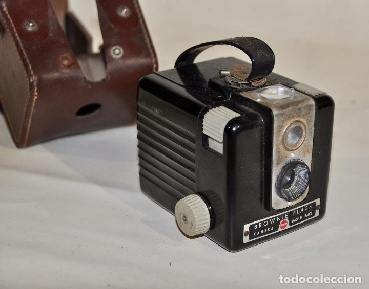 Cámara de fotos: Kodak Brownie Flash años 50 - Foto 4 - 182395707