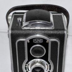 Cámara de fotos: EXCLUSIVA Y BONITA PSEUDO TLR, BIFOCA..ISING PUCKY 1..ALEMANIA 1950..MUY BUEN ESTADO..FUNCIONA. Lote 183321741