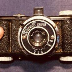Appareil photos: ANTIGUA CAMARA DE FOTOS FOWELL CINEFILM PAT INT USA 1948 - 1958 FUNDA ORIGINAL. Lote 183361961