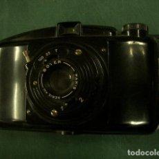 Cámara de fotos: CÁMARA DE BAQUELITA BOYER 6X9. Lote 187612110