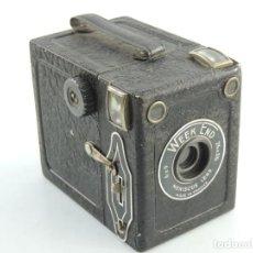 Cámara de fotos: ANTIGUA CÁMARA DE FOTOS BOX WEEK END MENISCUS LENS FRANCIA . Lote 190105513
