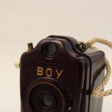 Cámara de fotos: ANTIGUA CÁMARA DE FOTOS BILORA BOY DE BAQUELITA. ALEMANA. AÑOS 30. . Lote 190649175