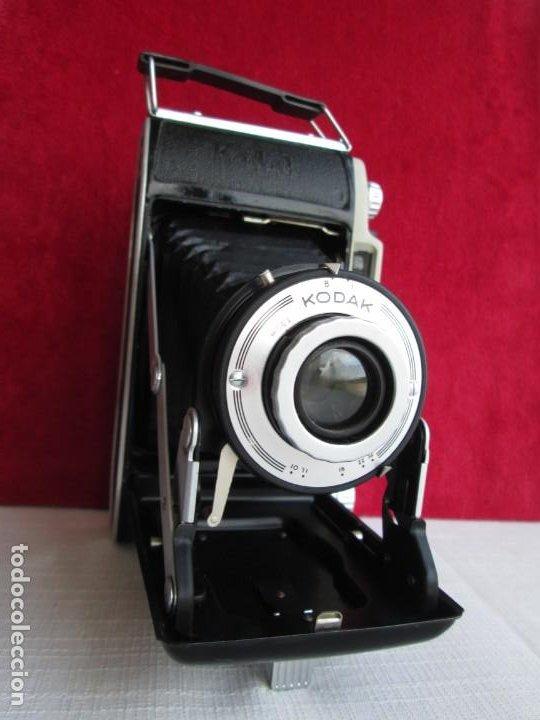 Cámara de fotos: CAMARA KODAK BII CON FUELLE PERFECTO Y FUNCIONANDO EL DISPARADOR Y CON FUNDA ORIGINAL D EPIEL - Foto 5 - 190927866