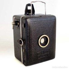 Fotocamere: MINI CÁMARA ZEISS IKON BABY BOX 1931. FUNCIONANDO. Lote 193782595