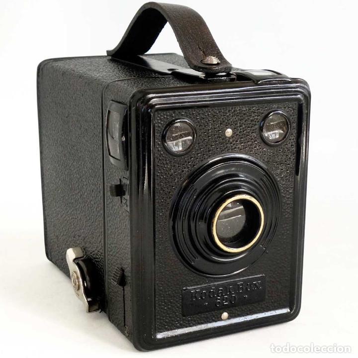 CÁMARA KODAK BOX 620. ALEMANIA 1936. FUNCIONANDO (Cámaras Fotográficas - Antiguas (hasta 1950))