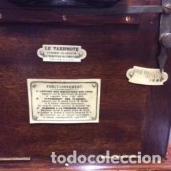 Cámara de fotos: LE TAXIPHOTO. VISOR ESTEREOSCOPICO AUTOMATICO COMPLETO. FRANCIA 1900. - Foto 4 - 197347955