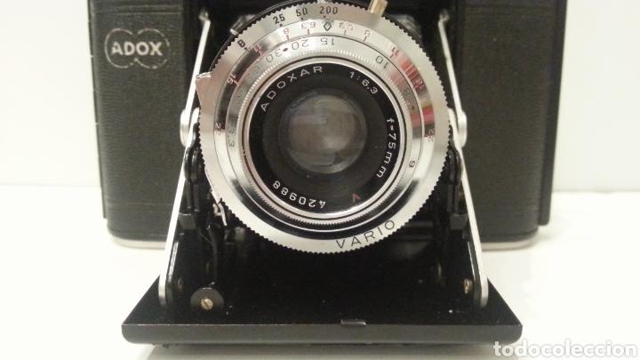 Cámara de fotos: ANTIGUA CAMARA FOTOGRAFICA DE FUELLE ADOX VARIO GOLF DE 1950. - Foto 3 - 198348858