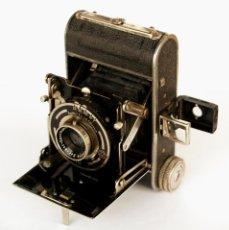 Cámara de fotos: *C1932* • ZECA (ZEH CAMERA FABRIK) GOLDI OBJ. ZECANAR F4.5 • RARA Y PEQUEÑA FOLDING 3X4. Lote 198752143