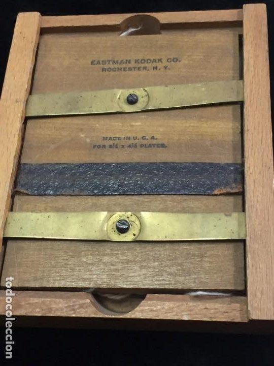 Cámara de fotos: Soporte de madera para negativo en placa de Eastman Kodak, para negativo 31/4 x 41/4 con cristal - Foto 3 - 201202687
