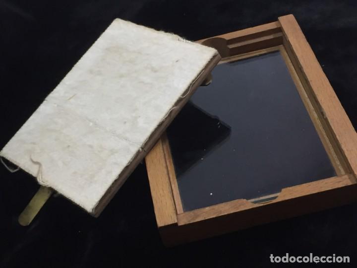 Cámara de fotos: Soporte de madera para negativo en placa de Eastman Kodak, para negativo 31/4 x 41/4 con cristal - Foto 7 - 201202687