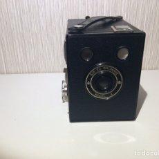 Cámara de fotos: KODAK BROWNIE SIX- 20 MODELO 4 COLECCION. Lote 206581990