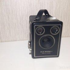 Cámara de fotos: KODAK BROWNIE SIX- 20 MODELO C. Lote 206584426